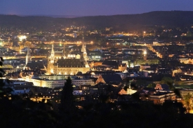 Lousbergblick über Aachen bei Nacht