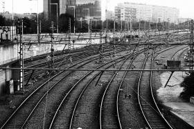 barcelona_bahnstrecke_nordbahnhof.jpg