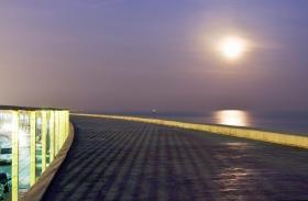 barcelona_moonlight_sea_meer_mondlicht.jpg