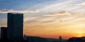 barcelona_sonnenuntergang_hochhaus.jpg