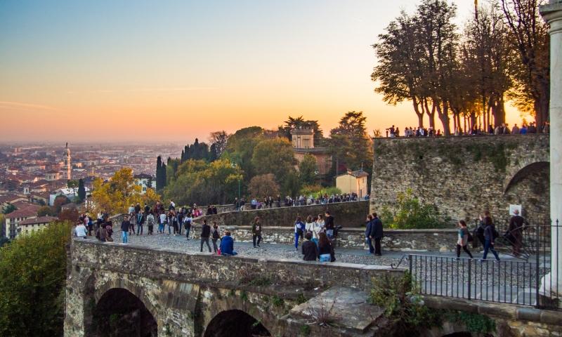 Gouden uurtje bij de Porta San Giacomo Bergamo