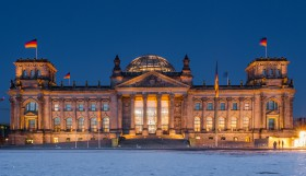 Reichtstag by night