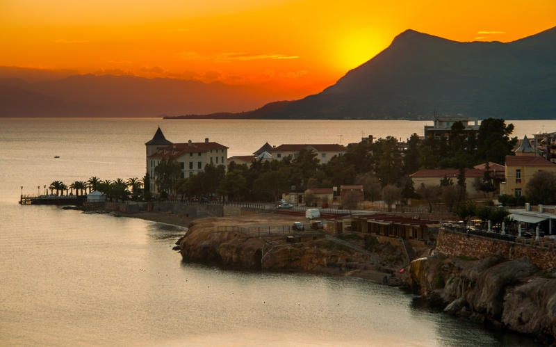 Euboea - Loutra Edipsou bij zonsondergang