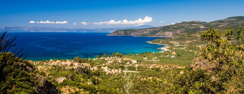 Kardamili Panorama met uitzicht over de kust in noordelijke richting