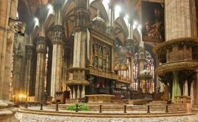 Der Dom in Mailand von innen