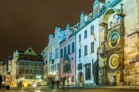 Astronomisch Uurwerk van Praag bij nacht