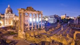 Forum Romanum bei nacht