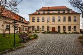Hotel Schloss Tangermünde von vorne